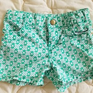 Adorable green and white Gymboree shorts